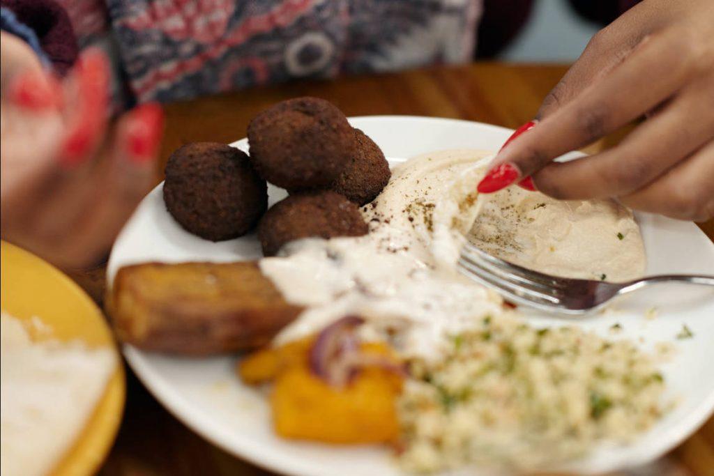 Contoh Teks Eksposisi Tentang Kesehatan, Manfaat Makanan Bergizi